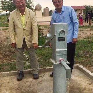 カンボジア小学校への井戸贈呈事業報告